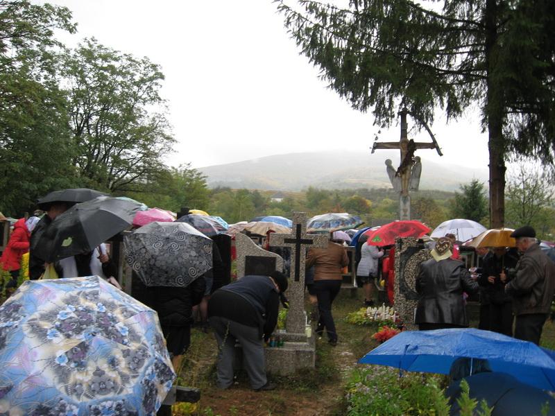Як на Іршавщині вшановують померлих