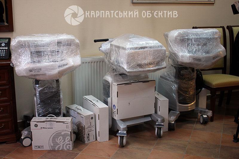 Кілька лікарень Закарпаття, зокрема Іршавська, отримали сучасне медичне обладнання від Угорщини
