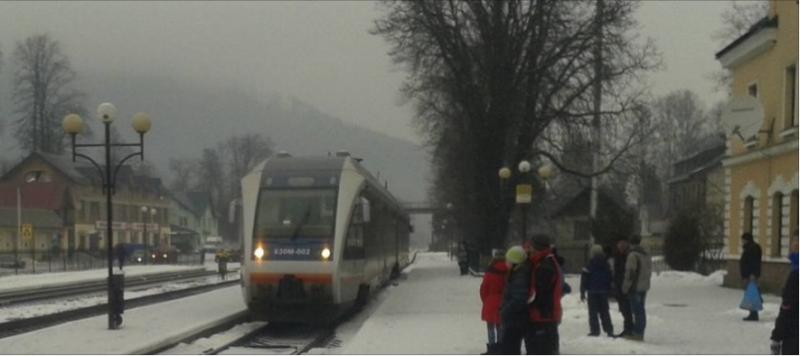 Відтепер від Рахова до Коломиї можна відправитись на рейковому автобусі