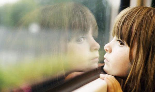 comment-occuper-son-enfant-lors-du-voyage