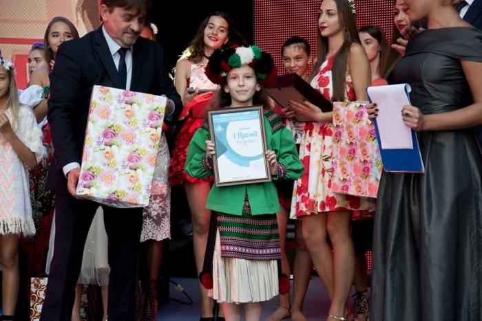 f28a7a64696d61 Маленька ужгородка стала лауреатом першого місця конкурсу «Кришталеві грона»