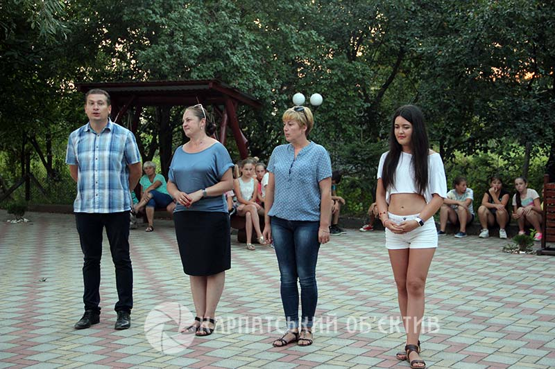 На Ужгородщині відбувся звітний концерт літнього танцювального табору