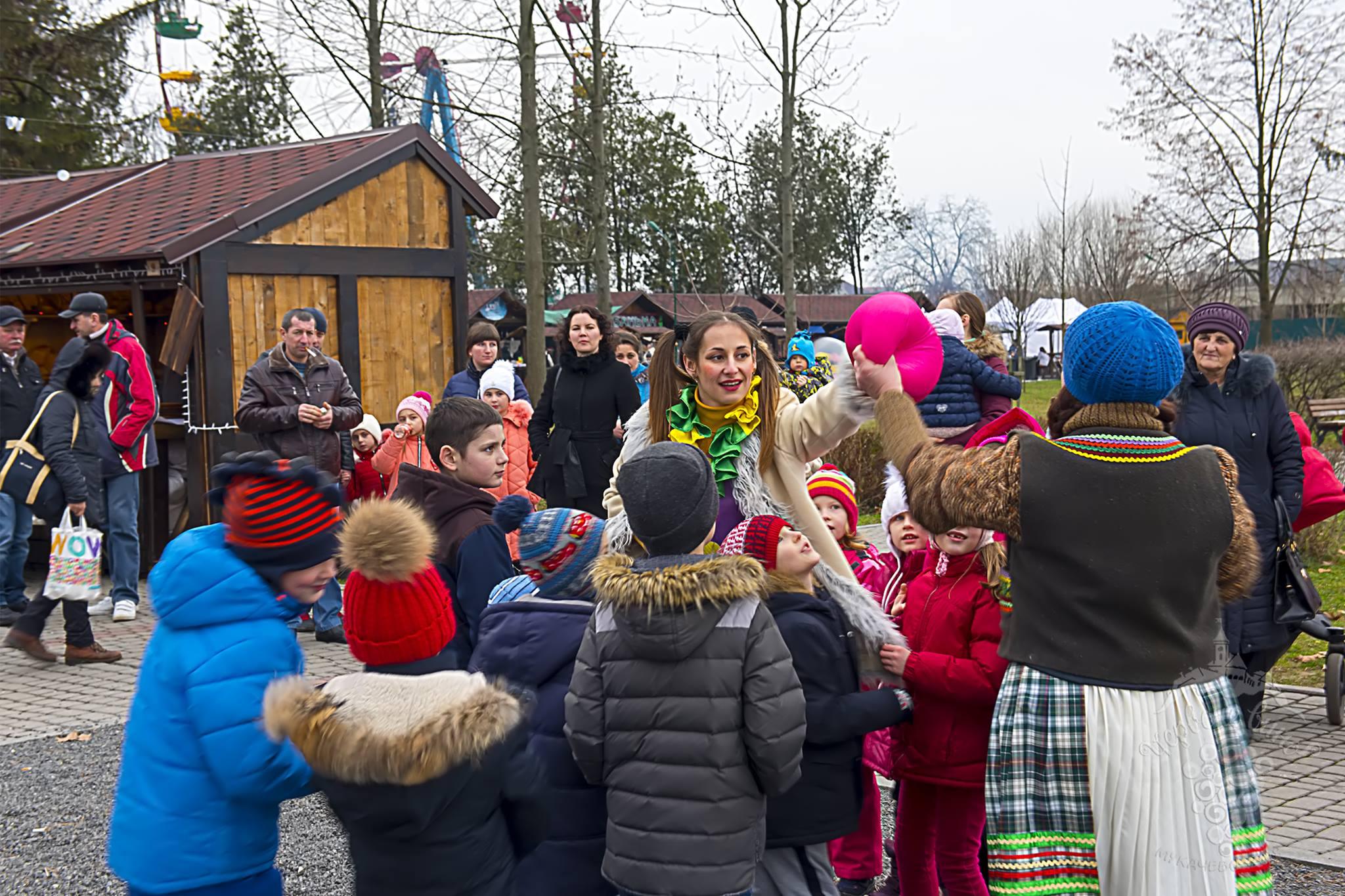 На Мукачівському фесті для малечі організували дитячі зони відпочинку. ФОТО