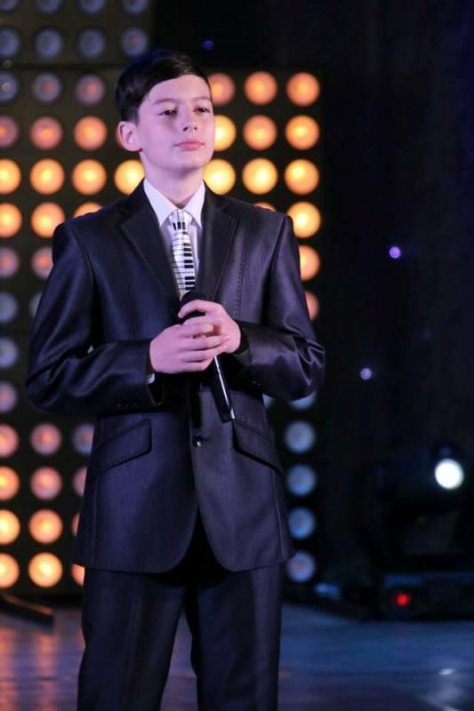 Юний мукачівський вокаліст здобув перемогу на Міжнародному вокальному фестивалі-конкурсі