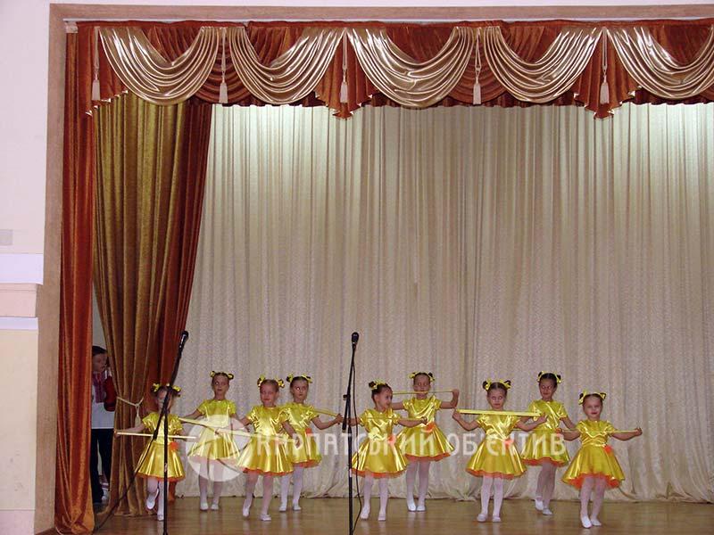 Відзначили кращих школярів міста Хуст. ФОТО
