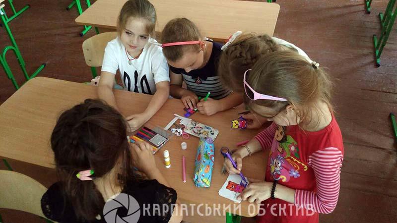Мукачівські школярі вдосконалюють свої мовні навички в спеціальних таборах