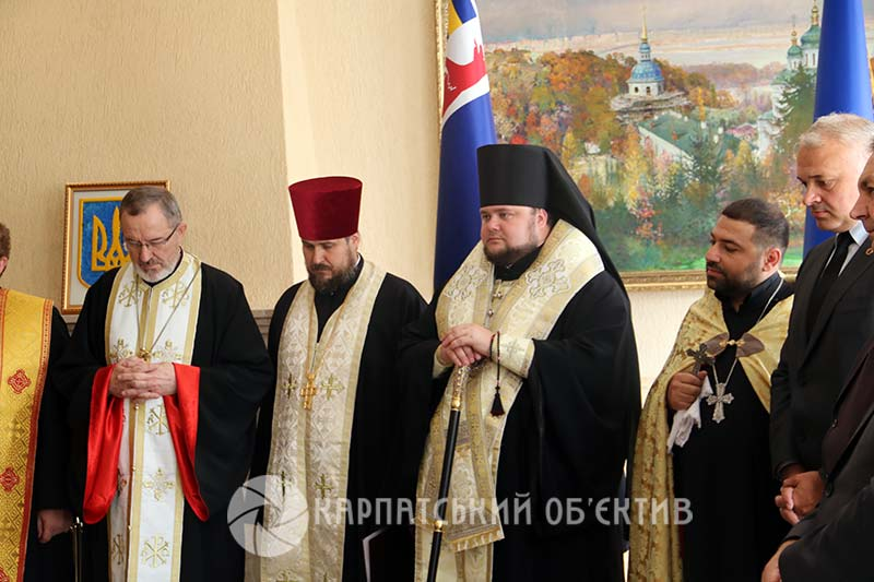 В Ужгороді священнослужителі різних конфесій підписали спільну декларацію