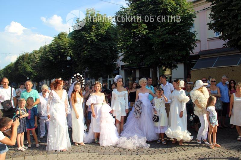«Берті-бачі – на удачу!»: У Мукачеві відбувся міжнародний парад сажотрусів