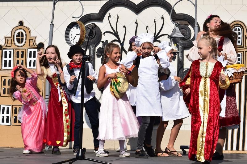 Святкування Дня Ужгорода сьогодні розпочалося з дитячого привітання