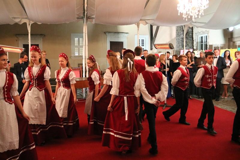 Ужгородський замок приймав благодійний бал