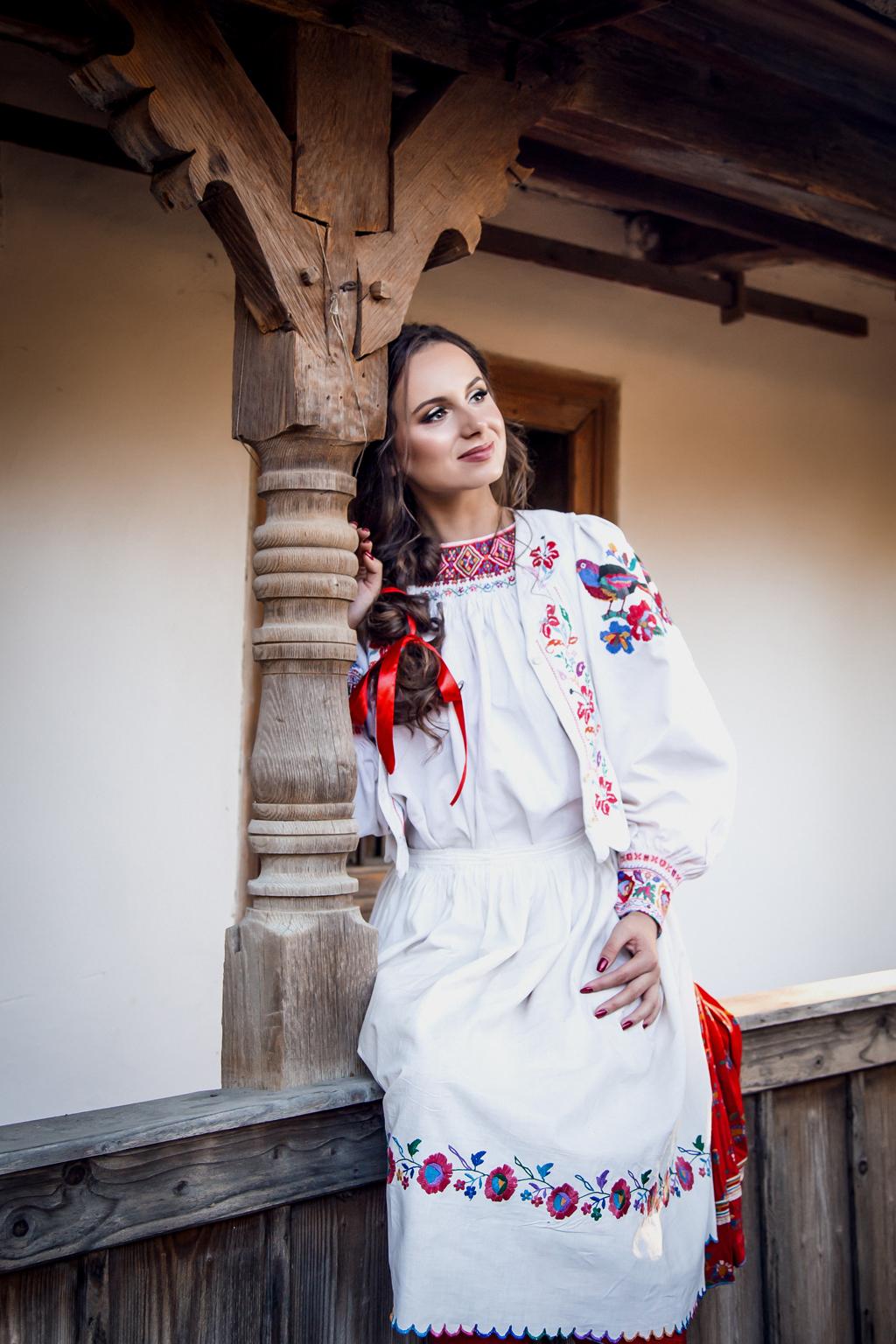 В Ужгороді відбудеться прем'єрний показ колекції національного вбрання «Із роду в рід»