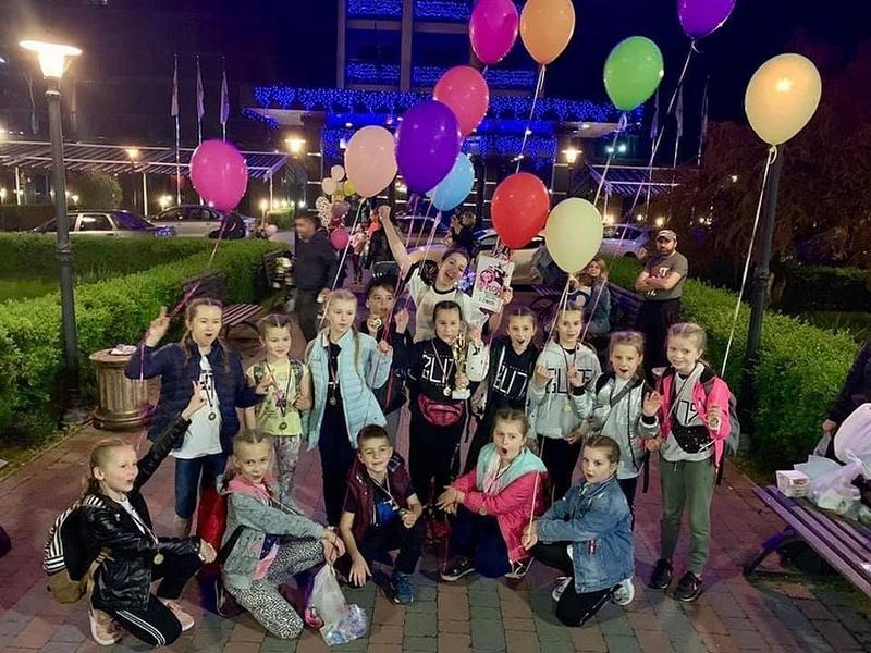 Ужгородський «Бліц» виборов чотири нагороди на танцювальному чемпіонаті в Словаччині. ФОТО