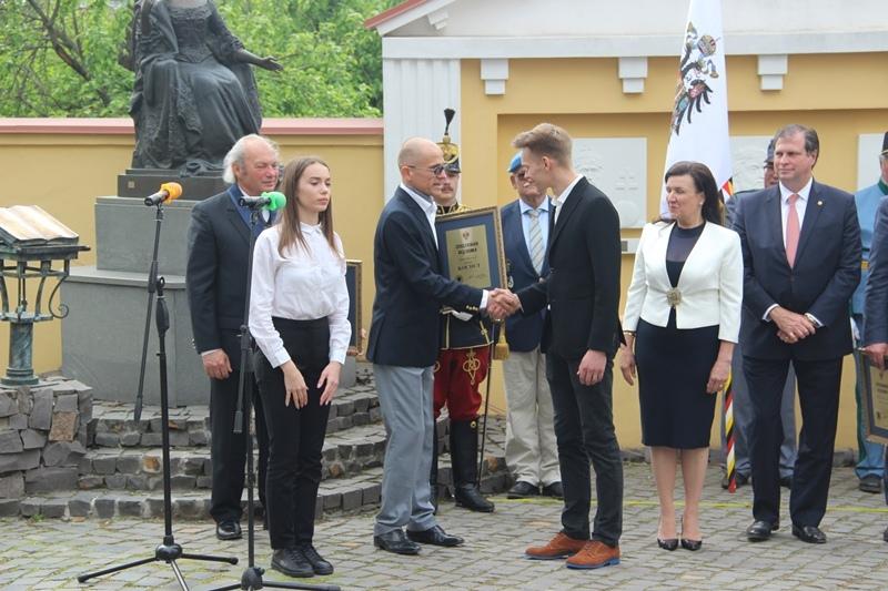 Новим кавалером Ордену Марії Терезії став рятівник замка Сент-Міклош. Фото
