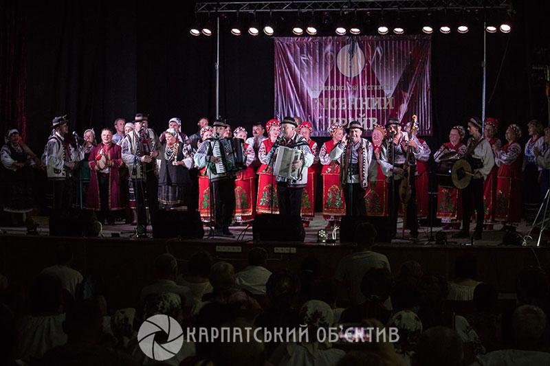 Фольк-гурт «Хустяни» став найдрайвовішим в Україні