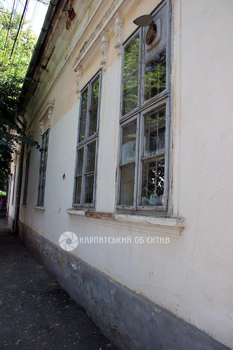 Ужгородський університет проти Ужгородської міської ради: компроміс знайдено