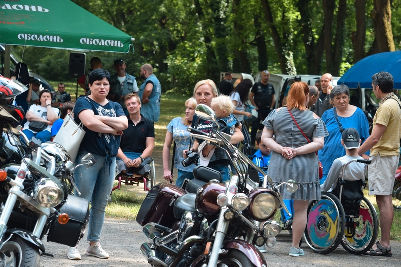В Ужгороді відбулася благодійна акція «Відкриті долоні». ФОТО