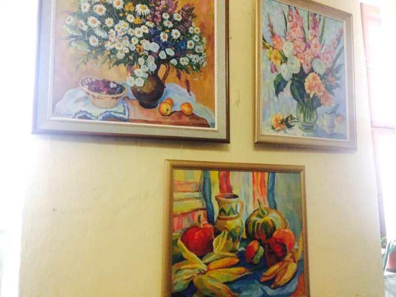 Мукачівська художниця Оксана Колесник відзначила ювілей відкриттям виставки