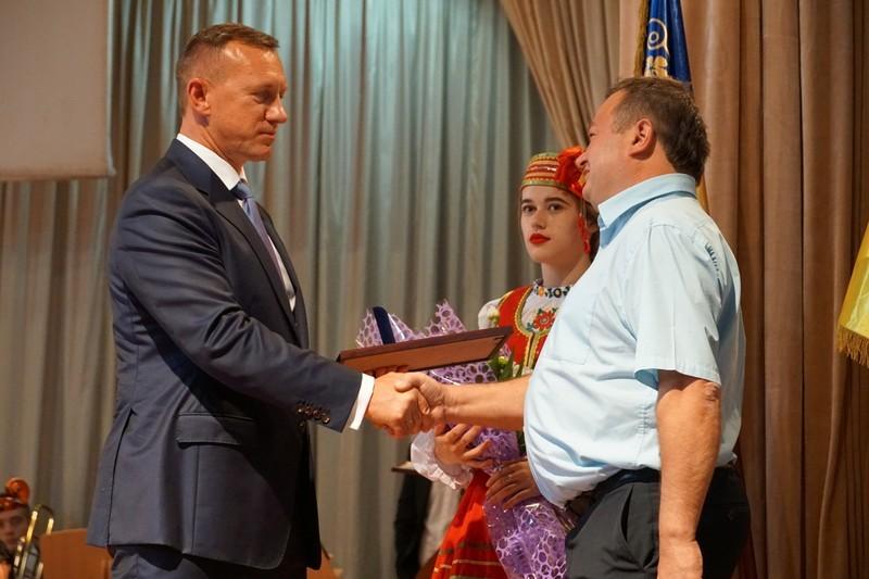 Урочисте віче до 1126-ї річниці головного міста області пройшло в Ужгороді. ФОТО