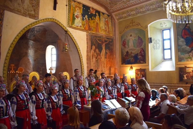В найстарішій церкві обласного центру Закарпаття відбулася Свята Літургія. ФОТО