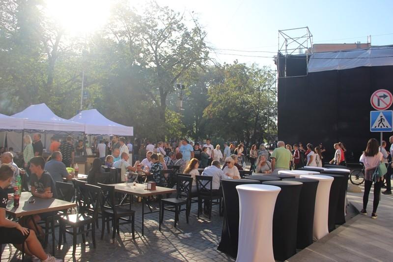 Ужгород з розмахом святкує своє 1126-річчя. Фото. Відео