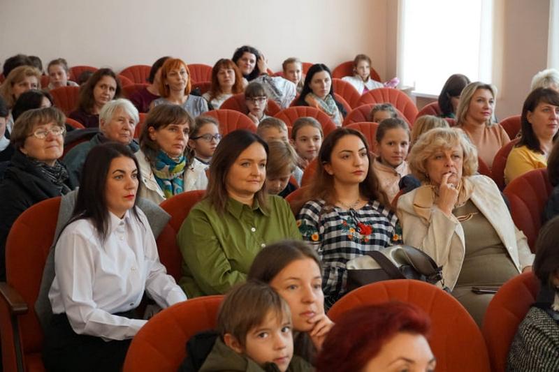 В Ужгороді вітали творчих працівників