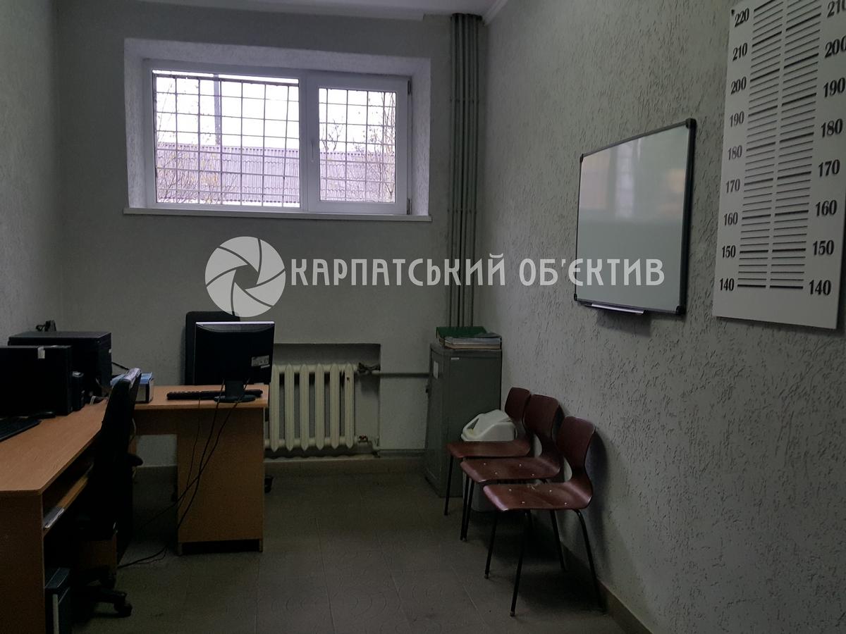 Круглий стіл: Уповноважена з прав людини завітала до Мукачівського прикордонного загону. ФОТО