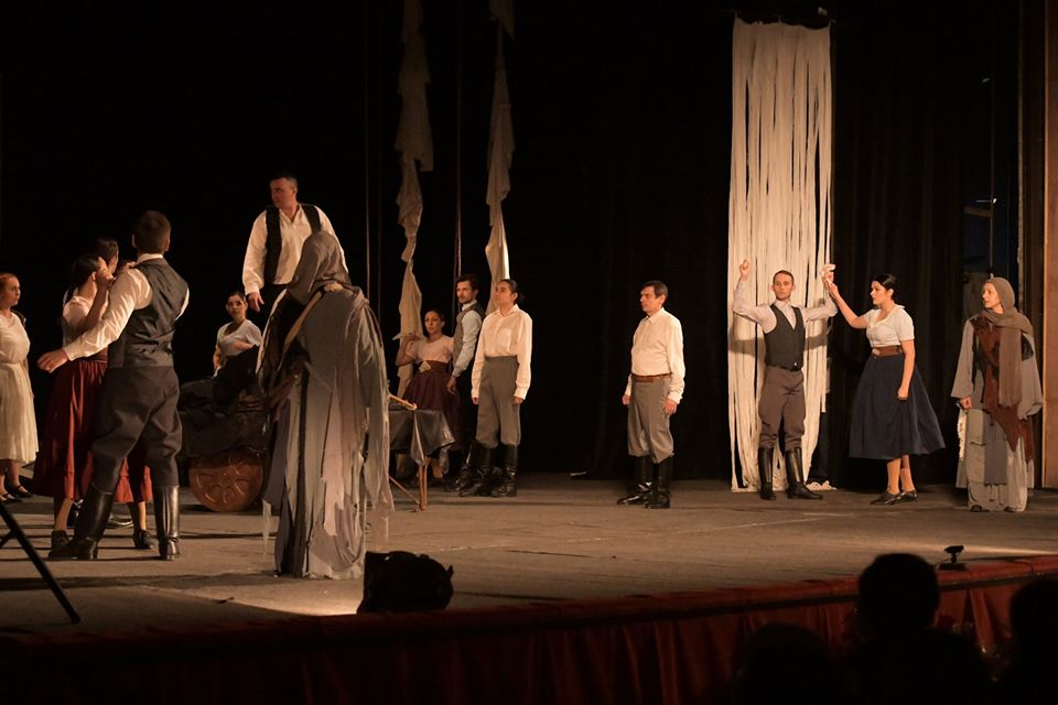 У честь відзначення Днів угорської культури в Ужгороді зіграли виставу. ФОТО