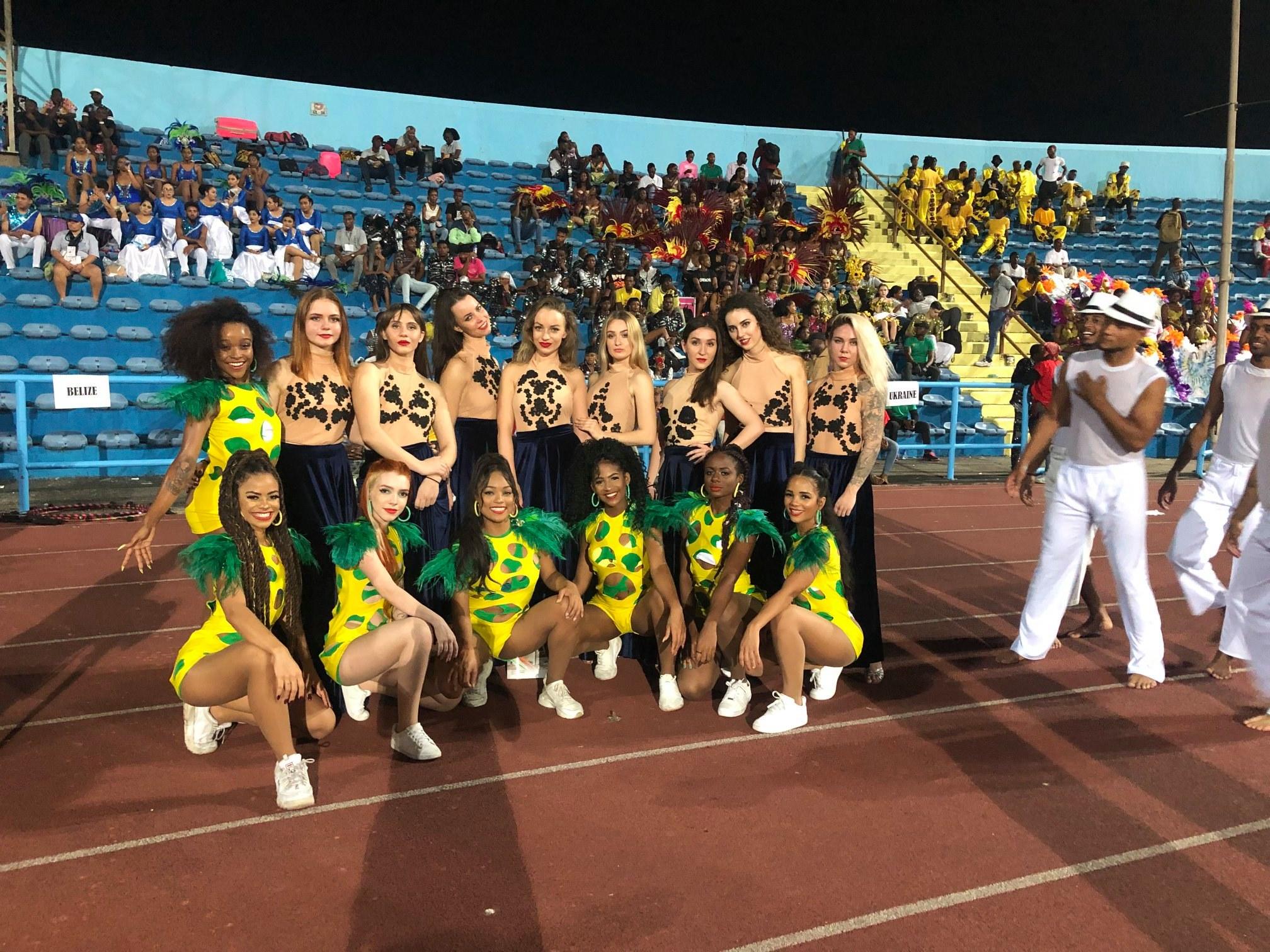 Ужгородські танцюристи виступали на карнавалі в Нігерії. ФОТО